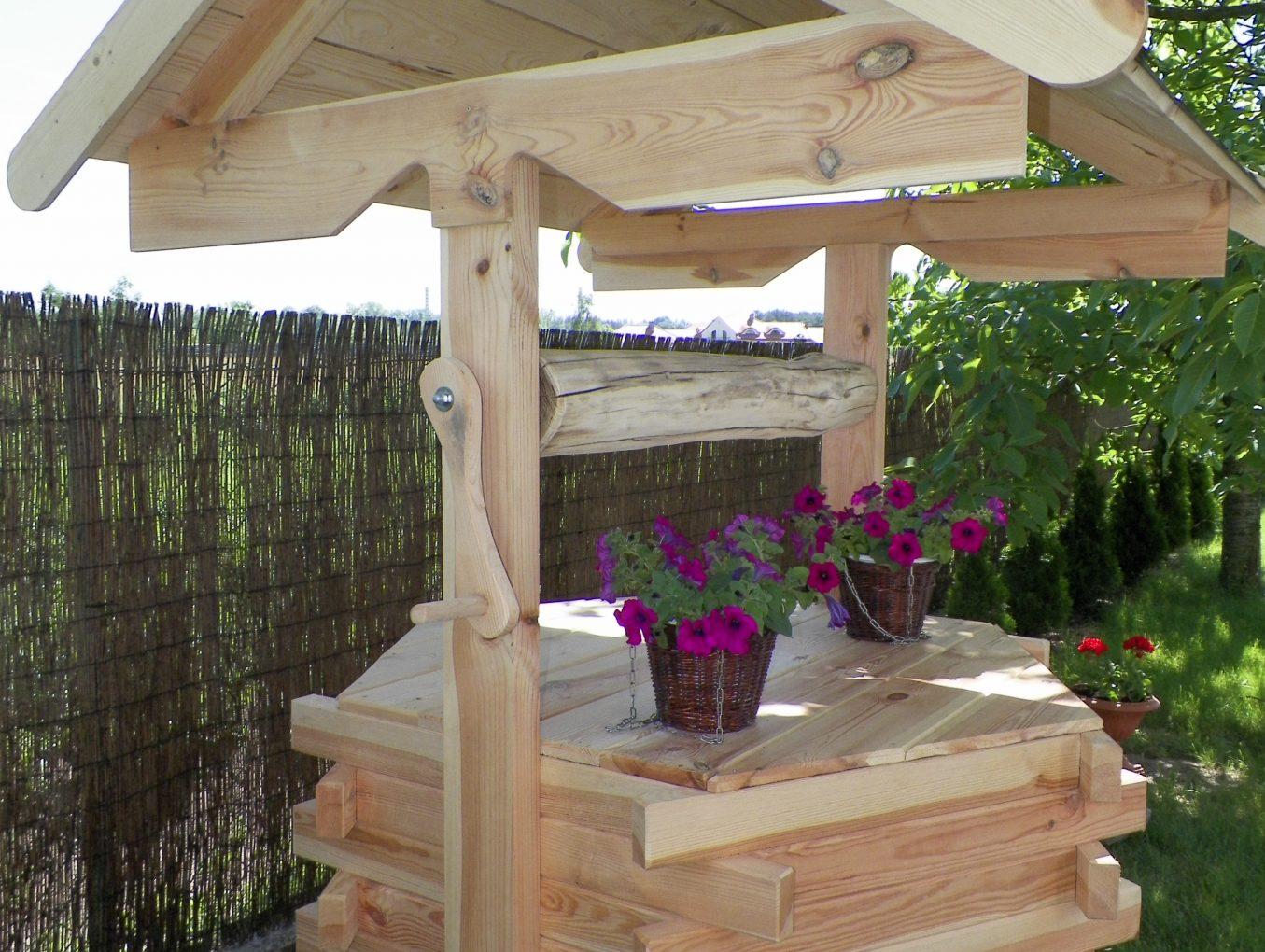 studnia – meble ogrodowe